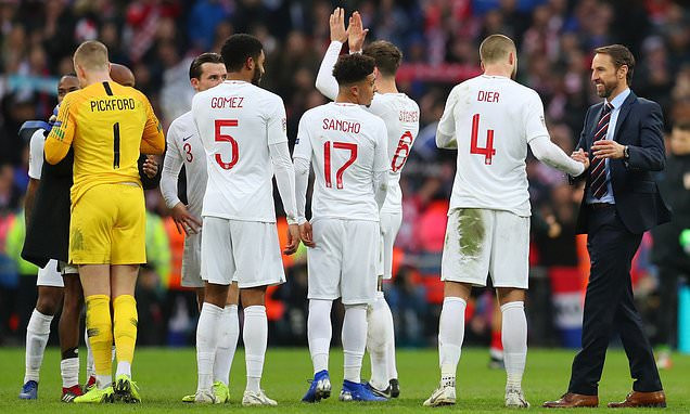 Lee Dixon praises England team's Premier League club-like